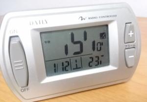 デジタル電波時計 の画像
